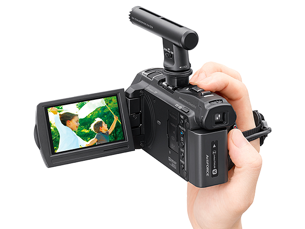 ECM-GZ1M+Handycam
